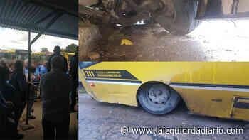 Sorpresivo paro de colectivos en La Primera de Grand Bourg de la empresa Rosario Bus - La Izquierda Diario