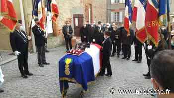 Verdun-sur-Garonne. Le président Henry Dessaux rend les honneurs à Denis Blancou - ladepeche.fr