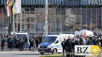 """Aufzug der Partei """"Die Rechte"""" in Braunschweig – große Gegendemo"""