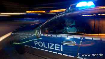 Visbek: 45-Jähriger fährt mit 3,16 Promille gegen Baum - NDR.de