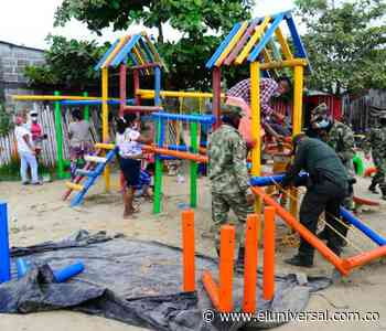 Policía ayuda a rescatar un parque abandonado en Achí - El Universal - Colombia