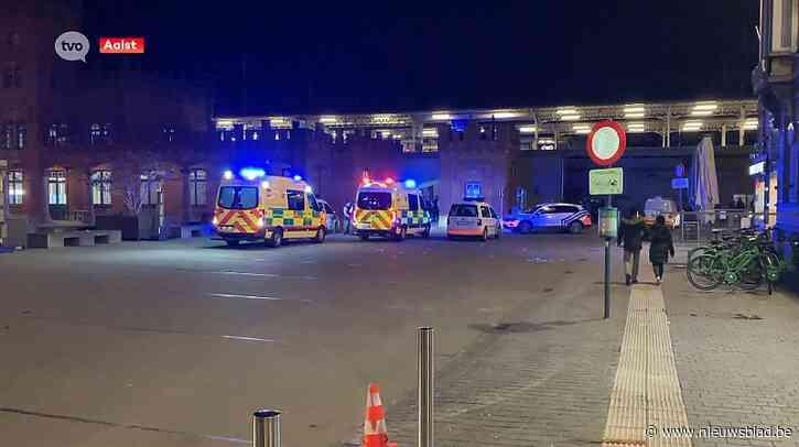 Politie pakt 8 jongeren op na vechtpartij aan station in Aalst