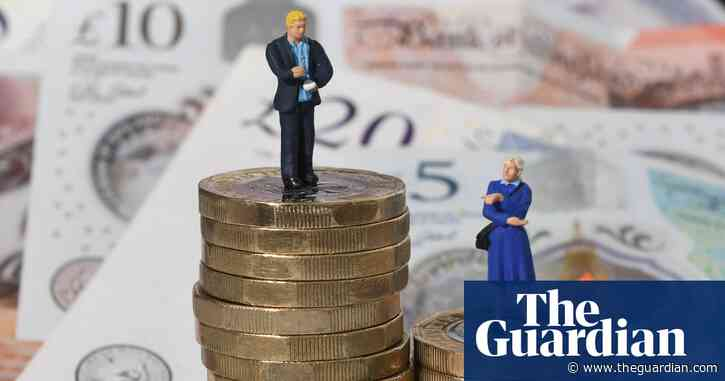 UK firms given six months' grace on gender pay gap reporting