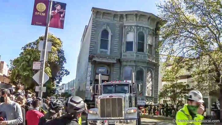 Amazing Video: Big Rig Hauls Away Historic Victorian Mansion Through San Francisco Streets