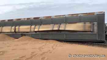 Train derailment near Bow Island results in small amount of grain spilled - CHAT News Today