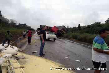 Acidente envolvendo duas carretas entre Vilhena e Pimenta Bueno na BR-364 - Rondônia Dinâmica