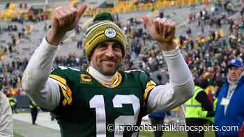 Aaron Rodgers is engaged to Shailene Woodley