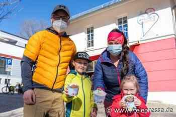 Ein Hauch von Frühling: Eissaison im Vogtland eröffnet - Freie Presse
