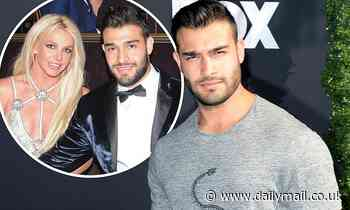Britney Spears' actor boyfriend Sam Asghari flexes his muscles as he gets COVID-19 test