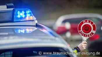 Sechs Jugendliche fliehen in gestohlenem Kleinbus vor Polizei