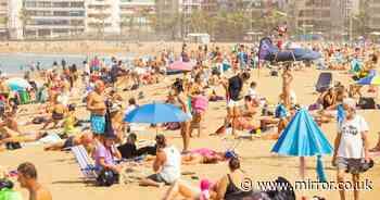 Brits holiday hope as post-lockdown bonanza sees bookings soar by 600 percent