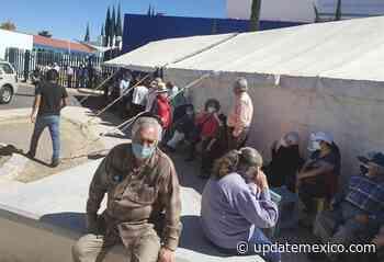Cientos de queretanos acuden a San Luis de la Paz, para aplicarse la vacuna anti Covid-19 - Update México