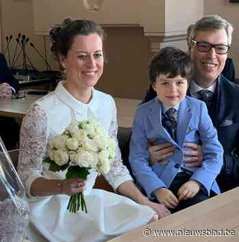 Burgemeester stapt in het huwelijksbootje (Horebeke) - Het Nieuwsblad