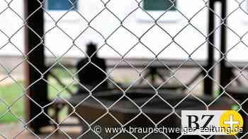 """Migration: Asylbehörde zieht positive Bilanz in 14 """"Ankerzentren"""""""