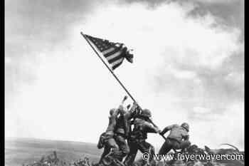 La bandera en el Monte Suribachi: la historia de la famosa foto de Joe Rosenthal - Fayerwayer