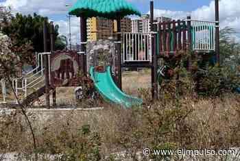 #VÍDEO ¡Entre monte y basura! Así se encuentra el Polideportivo Antonio José de Sucre #23Feb - El Impulso