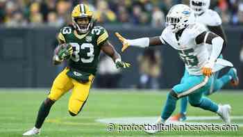 """Report: """"Mutual"""" interest between Dolphins, Aaron Jones"""