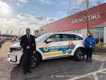 Bolton Lads & Girls Club gets new wheels from Kia