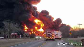 Collision between train and truck causes massive explosion in Texas