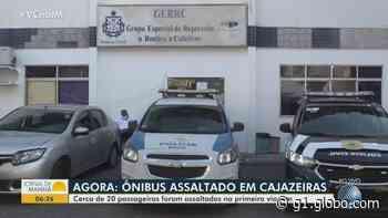 Dupla armada assalta 20 passageiros de ônibus no bairro de Cajazeiras V, em Salvador - G1