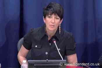 Ghislaine Maxwell ''will renounce UK and French citizenships if she can be freed on bail'