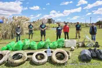 Encontraron cubiertas de autos, hierros y plásticos en las lagunas de Mogotes - El Litoral