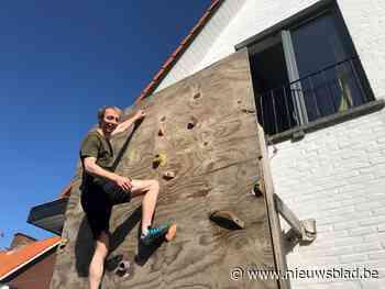 """Siebe (24) en zijn huisgenoten bouwen klimmuur in tuin: """"We leggen er een matje onder voor de veiligheid"""""""