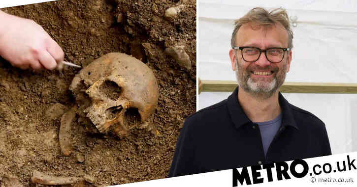 The Great British Dig team discover 800-year-old remains in gruesome 'lost cemetery' excavation
