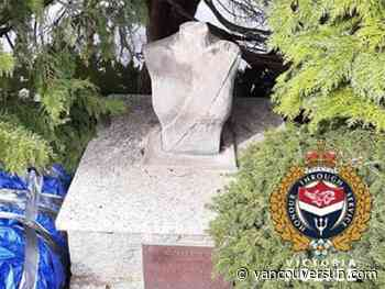 Victoria police investigating after bust of Queen beheaded in Beacon Hill Park