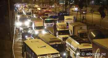 San Borja: reportan gran congestión vehicular en Panamericana Sur tras derrame de combustible   FOTOS - El Bocón