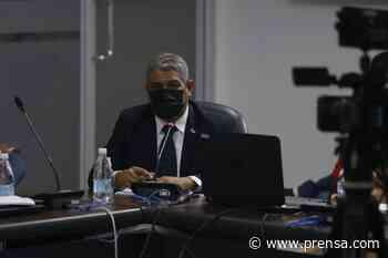 Ministro Sucre: 'no vamos a permitir que el plan de vacunación continuo se rompa' - La Prensa Panamá