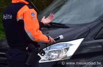 Bestuurders betrapt met gsm achter het stuur