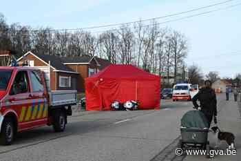 Motorrijder (40) in Ramsel raakt auto in flank en overleeft klap niet - Gazet van Antwerpen