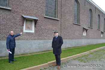 """Kerkfabriek knapt schilderijen van ommegang op: """"Ook het kleine erfgoed speelt een belangrijke rol"""""""