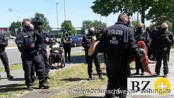 18 Verfahren gegen Klima-Aktivisten nach Demo in Wolfsburg