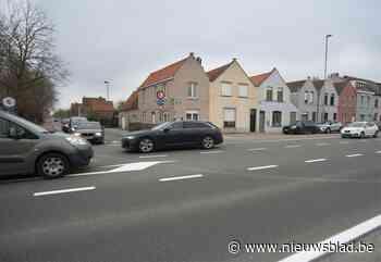 Kruispunt Sint-Pietersmolenstraat en Oostendse Steenweg krijgt verkeerslichten