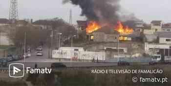 Incêndio destroi completamente antigo Centro de Saúde de Vila do Conde » Famatv - FamaTv