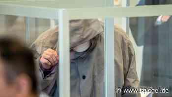 Kriegsverbrecher-Prozess in Koblenz: Assad-Geheimdienstler zu viereinhalb Jahren Haft verurteilt - DER SPIEGEL