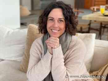 """Sofie (50) wil mensen gelukkiger maken via een stappenplan van 100 dagen: """"Gelukkig zijn is ons hoogste goed"""""""