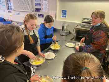 Smithills School holds 'screen free day' - here's what happened
