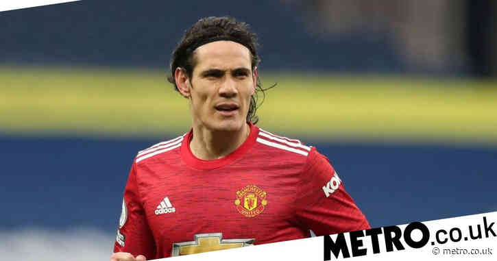 Manchester United delay decision over Edinson Cavani future due to striker's injury