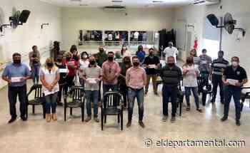 El municipio de San Cristóbal entregó aportes a escuelas de la ciudad - El Departamental