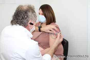 Leopoldsburg geeft eerste prik als laatste Limburgse vaccinatiecentrum