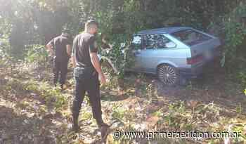 Encontraron un auto robado oculto en el medio del monte - Primera Edicion