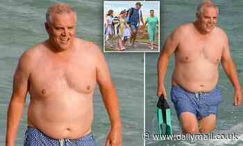 Scott Morrison enjoys Bronte Beach with his family amid parliament sexual assault scandals