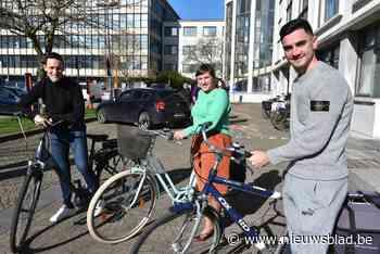 Voetbalploeg KV Oostende helpt met zoektocht naar dé fietsschool van stad