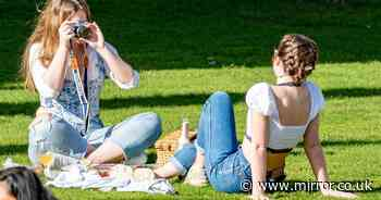 Glorious 15C sunshine this weekend as Brits warned to stick to lockdown rules