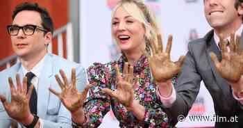 """""""Big Bang Theory"""": Kaley Cuoco stand nach Ausstieg von Jim Parsons unter Schock - film.at"""