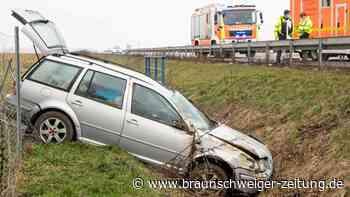 Unfall auf A 39 bei Salzgitter: Autofahrer im Krankenhaus