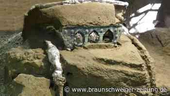 Archäologie: Triumphwagen mit erotischen Motiven in Pompeji ausgegraben